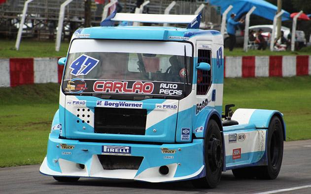 Duda Bana corre a Copa Truck em Interlagos